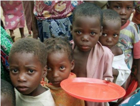 http://humantwopointzero.files.wordpress.com/2009/06/hungry-children.jpg