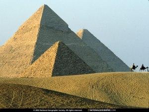 pyramids-of-giza-468607-sw